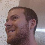 おひげを伸ばして2週間のBryceくん