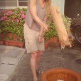 先日我がShare Houseにやってきた、うすと杵で餅つき